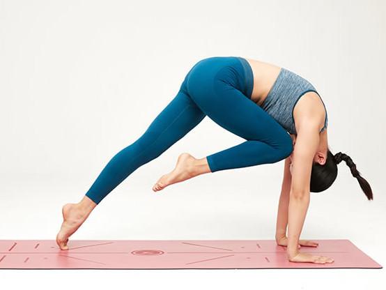 瑜伽垫哪个牌子好_瑜伽垫品牌推荐